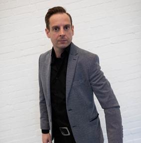 Biografie van goochelaar Maarten Bruins
