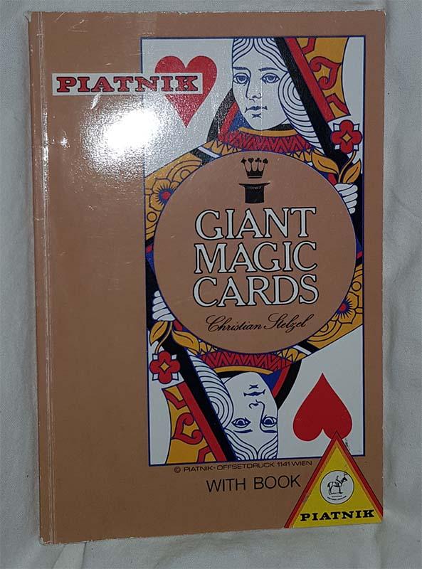 Giant magic cards - Christian Heltzel