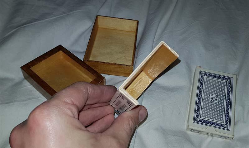 Verdwijnend kaartendoosje